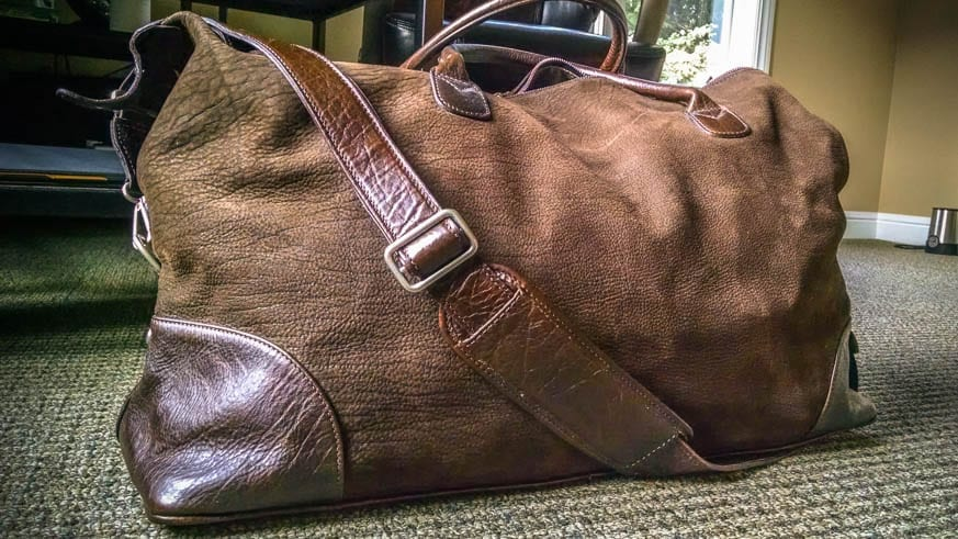 Moore-and-Giles-Benedict-Nubuck-Bison-Chocolate-Weekend-Bag-Review-$925-BestLeather.org-IMG_20160818_072809938