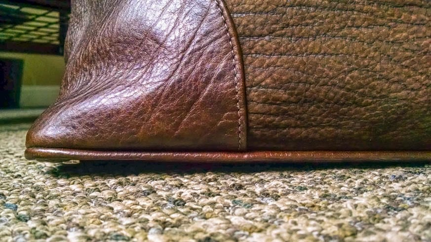 Moore-and-Giles-Benedict-Nubuck-Bison-Chocolate-Weekend-Bag-Review-$925-BestLeather.org-IMG_20160818_073008039