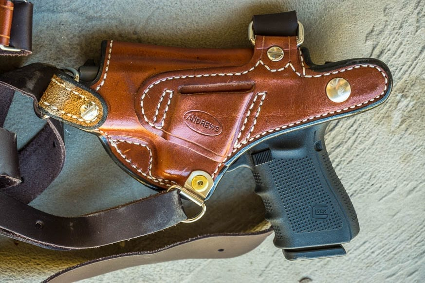 andrews-leather-monarch-shoulder-rig-and-holster-review-250-bestleather-org-dsc01201